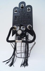 "Kokoshnik-Gas Mask ""Et expécto resurrectiónem mortuórum"""