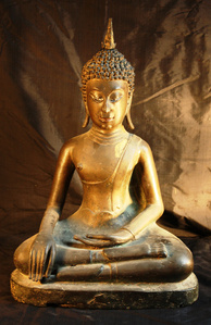 Phra Singh Buddha (Northern Thailand; Chieng Saen Style)
