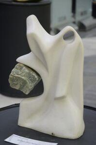 Branca com pedra verde