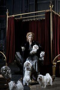Royal Portraits, Queen