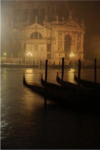 Veneza night