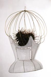 Corsé-jaula para corazón de espinas/Corset-cage for a heart of thorns