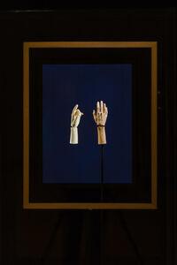 Bartlett's Hands
