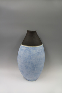 Vase decorated with slips