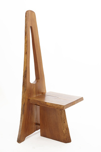 Tripod chair