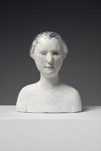 Petit Buste de Femme Coiffe Argentée