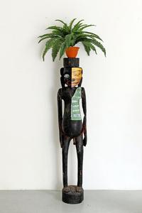 Sculpture nulle 1980, art syncrétique 1964, l'interrogation génétique 1971, mettre n'importe quel objet sur la tête 1994. En remake 2011