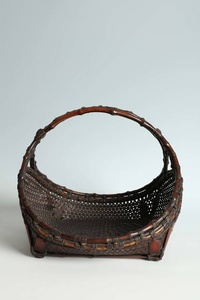 Flower Basket with Bamboo Rhizome Handle (T-4181)