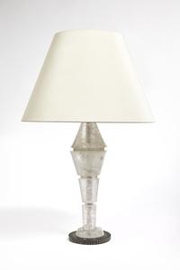 White Pagode, Lamp