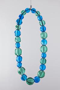 Sans titre (collier aquamarine et émeraude)