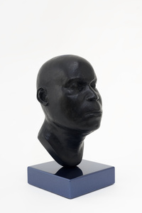 Head 18