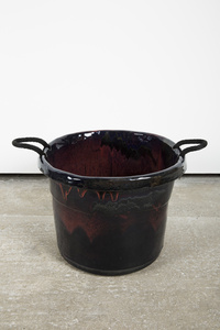 Handle Bucket Black/Red/Purple