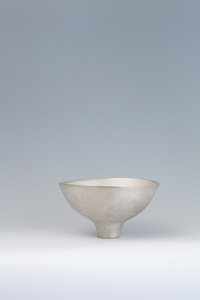 Platinum Glaze Tea Bowl