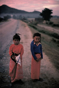Boy and girl in front of the Mandalay Hill, MYANMAR