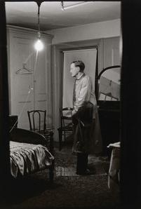 The Backwards Man in his hotel room, N.Y.C.