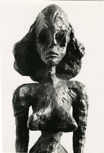 Sculpture of a woman by Giacometti