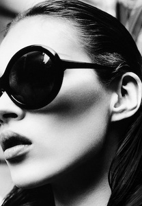 Kate Moss on 5th Avenue, New York, Italian Harper's Bazaar