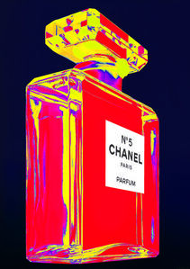 Chanel N°5: Red