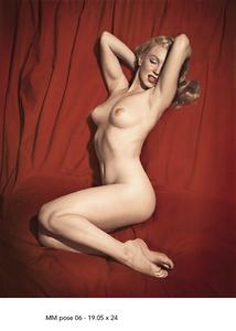 Marilyn Monroe Pose 6