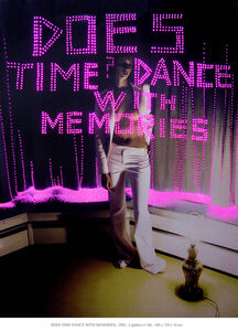 Does time dance with memories