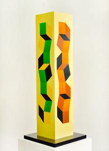Columna escultórica policromada