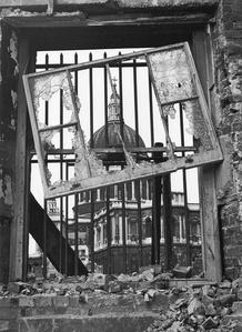 St Pauls, c.1942