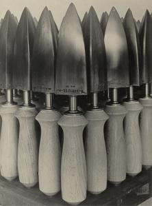 Flat Irons for Shoe Manufacture, Fagus Factory I (Bügeleisen für Schuhfabrikation, Fagus-Werk, Alfeld)