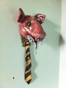 Porc amb corbata