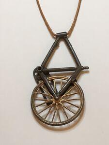 BIKE FRAME & WHEEL pendant