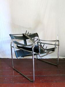 Design da Turbação - Ofendículo Fita para Cadeira do Marcel Breuer [Design of Disturbance - Barrier Fita to Chair By Marcel Breuer]