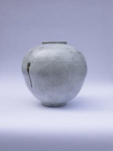 The Moon Jar 'Day Moon'