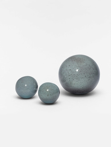 Set of three Balls