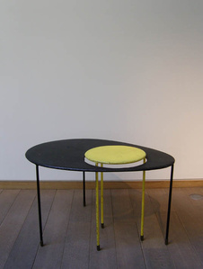 Ovoïde «Kangourou» table
