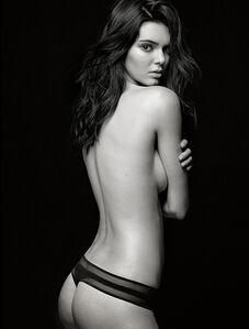 Kendall Jenner, New York studio