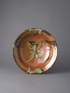 Bowl, kaki glaze with brushwork decoration