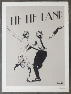 Lie Lie Land (grey)