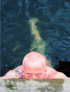 Halvard en el agua