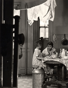 Harlem Document (Woman and child eating at kitchen table)