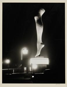 Leg, Olympic Boulevard, Hollywood