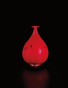 Unique 'Vaso rosso con murrine a lente', from the 'Gocce di Murrine' series