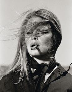 Brigitte Bardot, Cigar