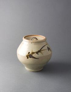 Covered jar, tetsue brushwork