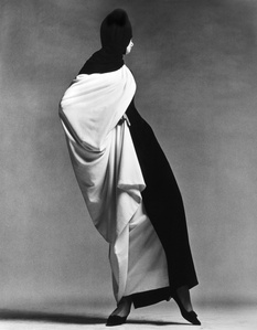Jean Shrimpton, Toga by Forquet, Paris Studio, August 1965