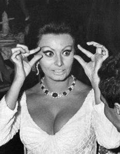 "Sophia Loren at the premiere of ""Dr. Zhivago,"" New York"