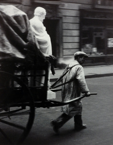 Montparnasse, (man pulling cart) Paris, 1928