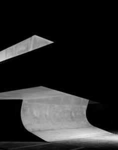 LFone - B (Architecture by Zaha Hadid)