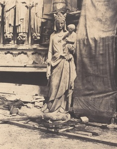 Vierge à l'enfant sculptée par Geoffroy-Dechaume, chantier de la cathédrale Notre-Dame, Paris