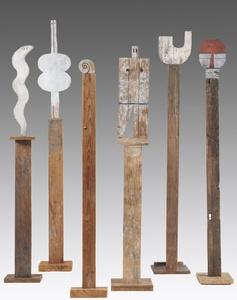 Tótems: Serpiente, 1960; Venus, 1969; Caracol, 1985; Universal Man, 1988; U, 1970;  Máscara, 1988