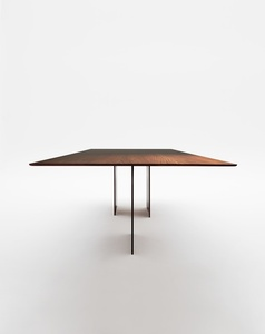 Fio Dining Table
