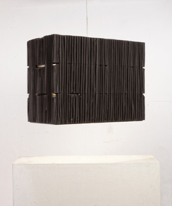 Three-floor lamp black from the series `Lampenfieber'